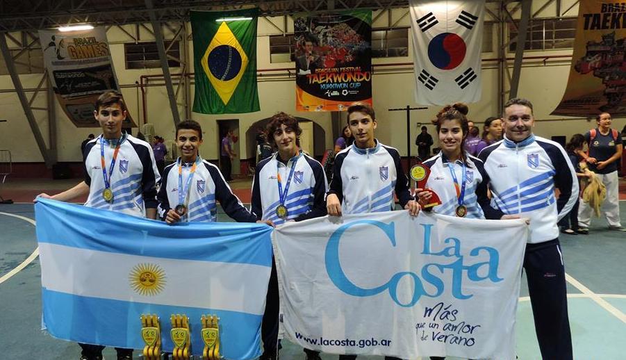 Jóvenes deportistas de La Costa en lo más alto del Brasil Games de taekwondo