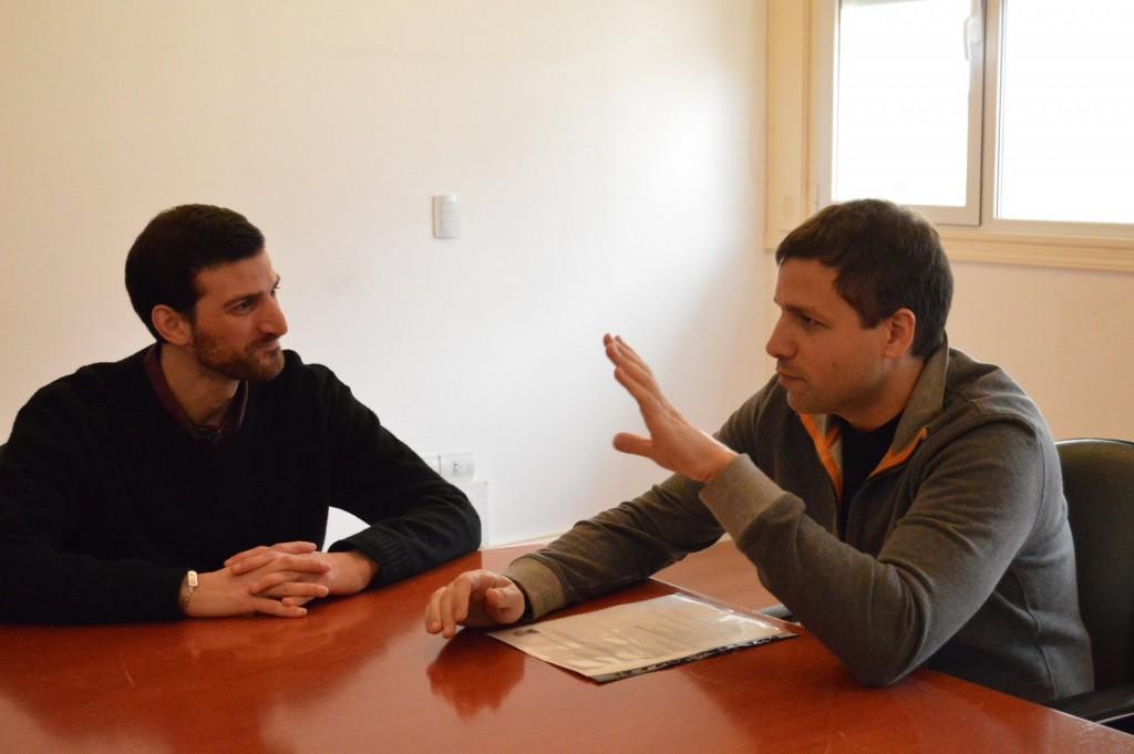 El intendente costero se reunió con el primer contador egresado en la sede de la UBA