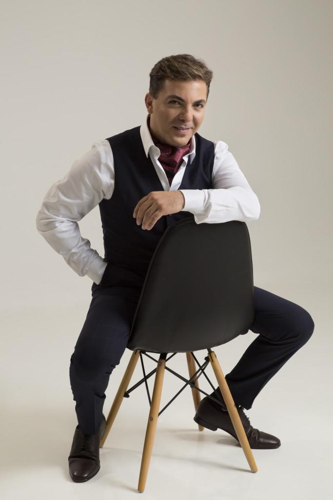 Cristian Castro Presenta :Simplemente Tú