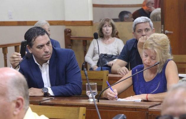 """Callate Puta"",insulto Marcos Cotoco Garcia, a su par Roxana Cavallini en plena sesion"