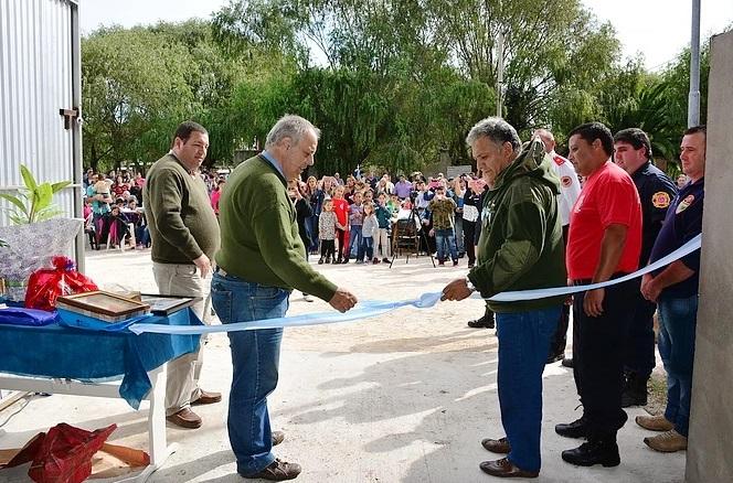 GENERAL LAVALLE: Festivo y emotivo acto de inauguración, del Destacamento de Bomberos Voluntarios de Pavón