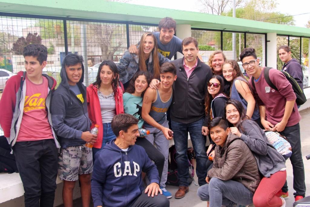 El Intendente Costero, acompañó a los jóvenes en las Olimpiadas Escolares de Natación y Ajedrez