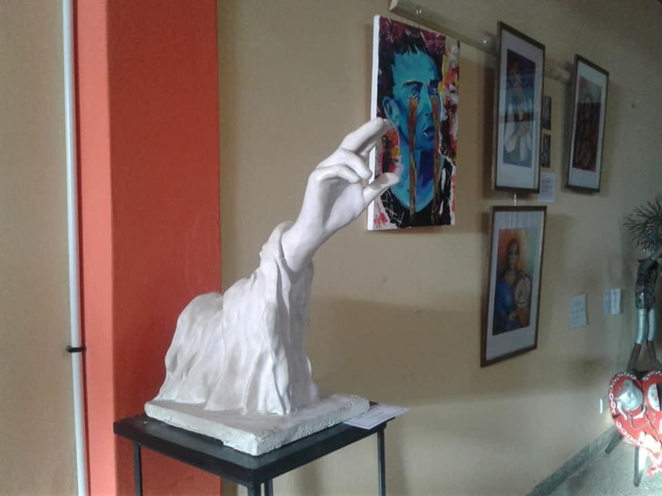 Continúa la muestra de pintores y escultores de La Costa en el Museo de Mar de Ajó