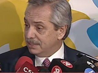 """Alberto Fernández y Axel Kicillof piden que el gobierno """"deje de tirar bombas de humo"""""""