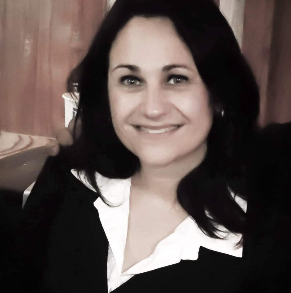 Evangelina Cordone,pre candidata a Intendente charlo con nosotros en La Mañana Informativa
