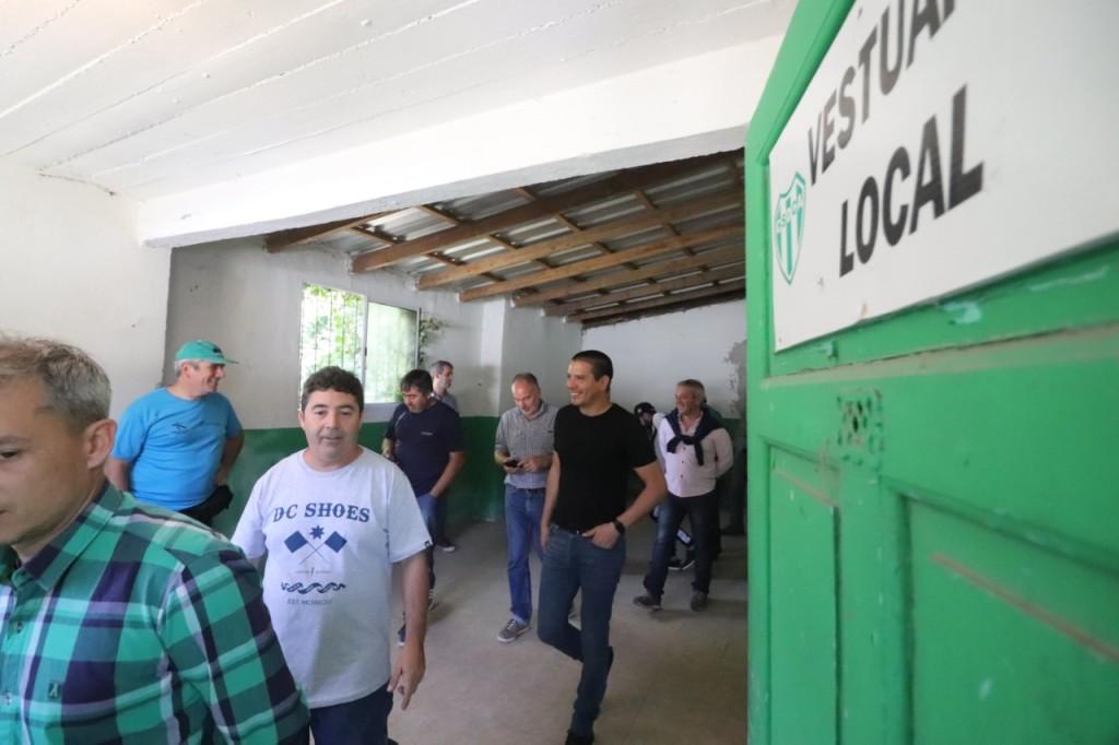 Cristian continúa recorriendo los clubes de barrio para fortalecer el crecimiento junto a la comunidad