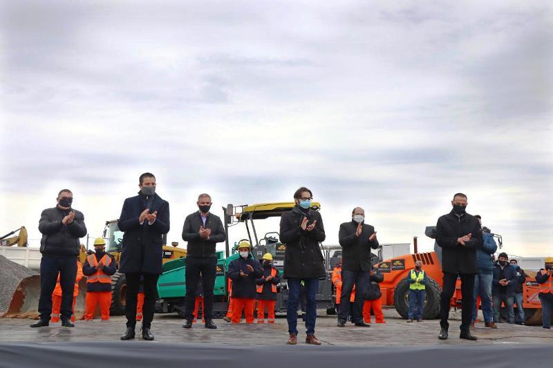Cristian participó en el acto de reactivación de obras de las Rutas 11 y 56 junto a Alberto Fernández, Axel Kicillof y gobernadores