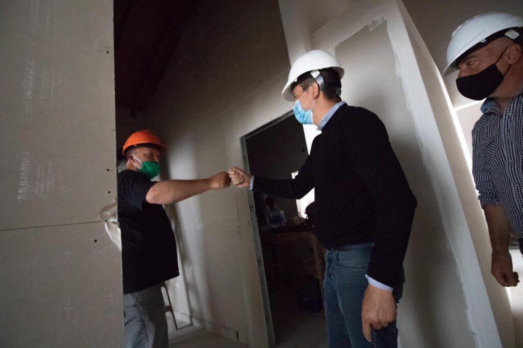 Cristián recorrió las obras en los nuevos Centros de Atención Primaria de la Salud.(contiene audio entrevista)