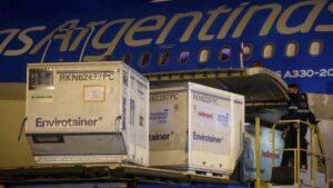 Hoy, llegó el segundo vuelo de Aerolíneas con más de 700 mil dosis de Sinopharm